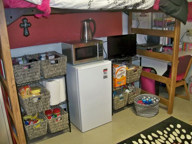 ... DIY: Dorm Room Edition. Campus Student Life Part 46